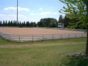 South-Riding-and-Show-Ring